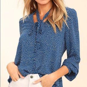 Lulus blue polka dot button up top size Medium